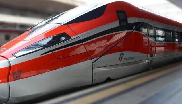 Frecce Trenitalia dirette per Riccione (Estate 2021)